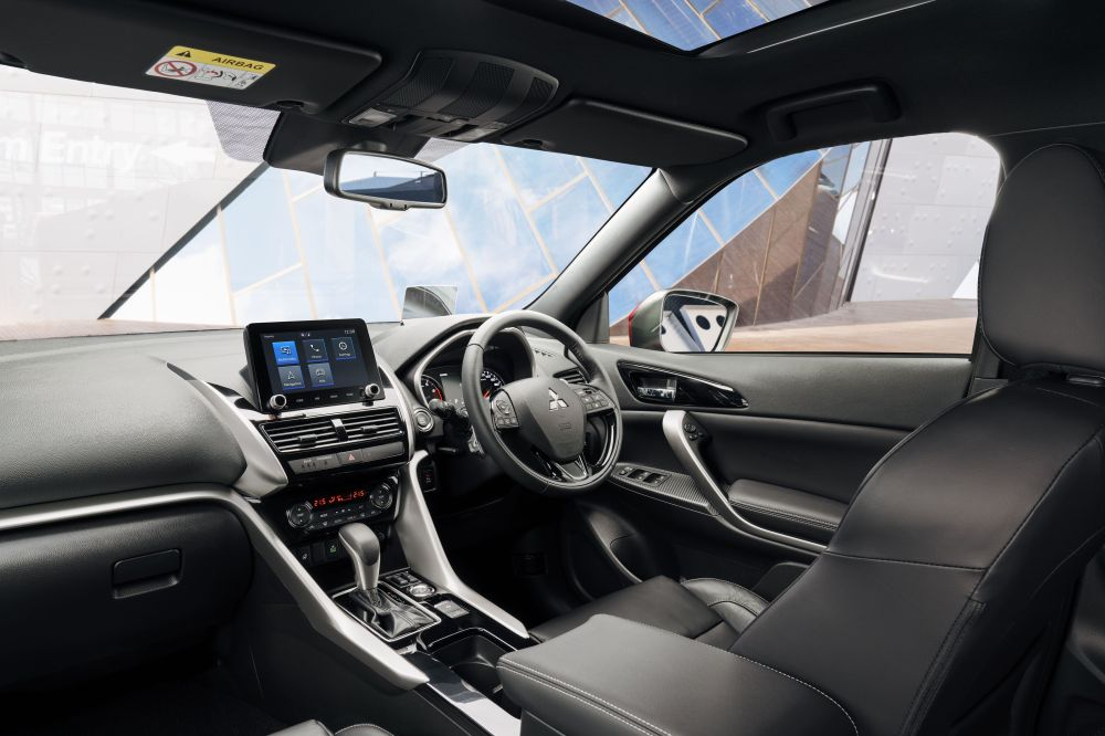 2022 Mitsubishi Solar Eclipse Cross Interior