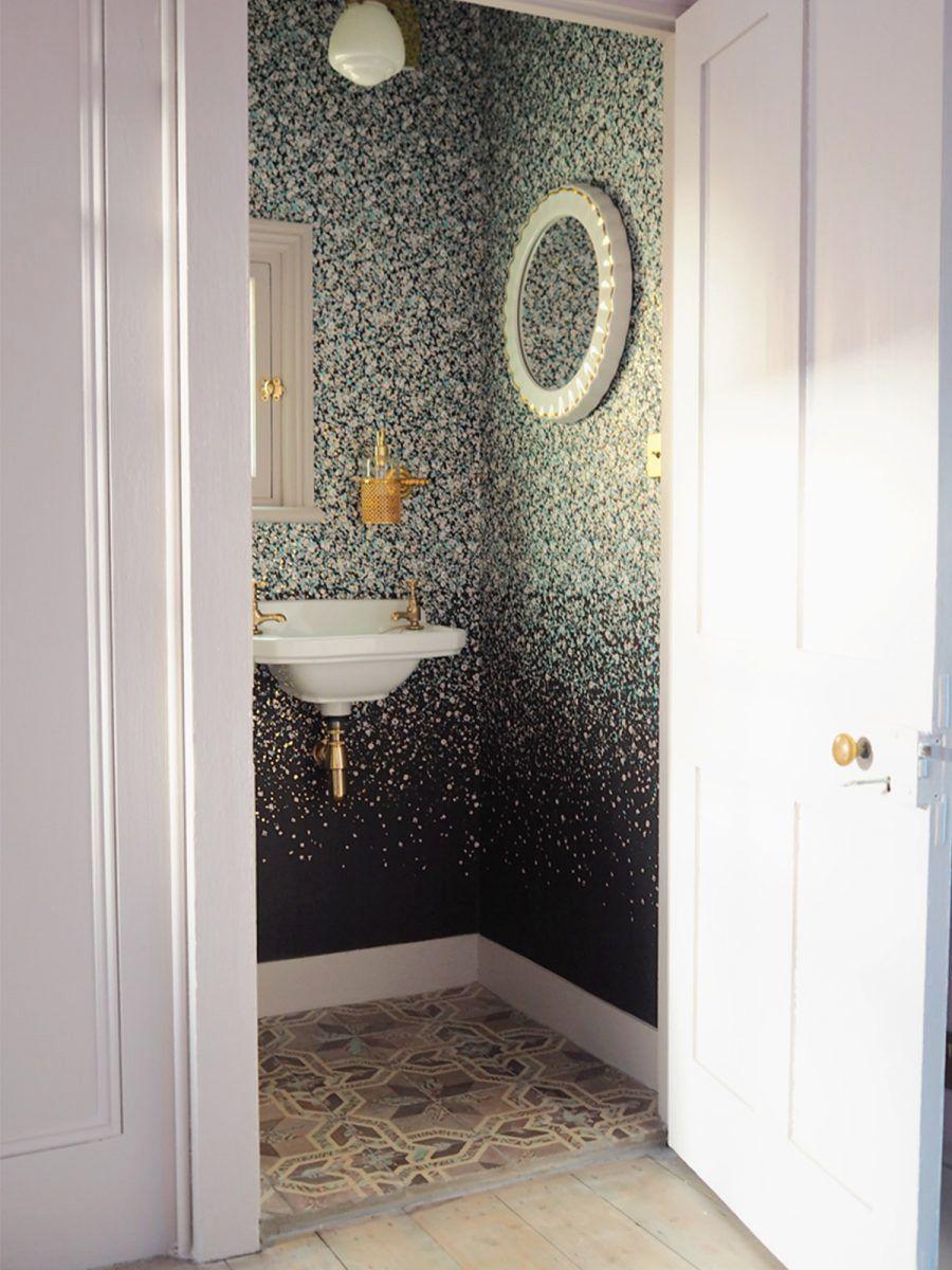28 bathroom wallpaper ideas that will