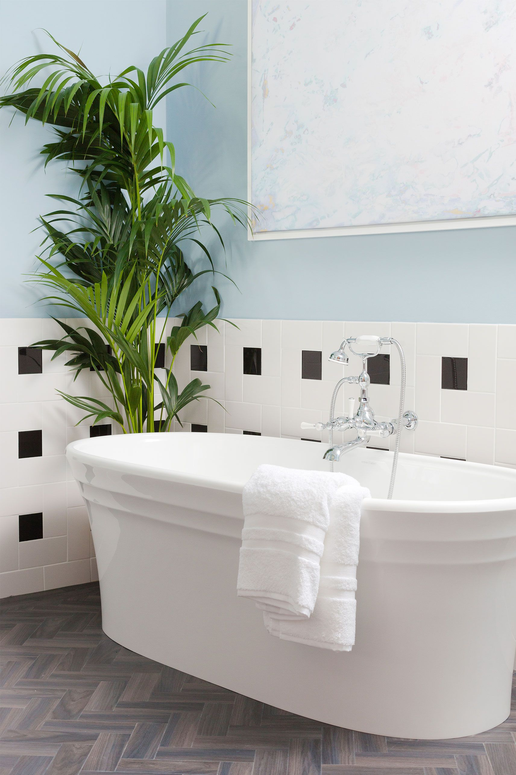 28 Bathroom Decorating Ideas on a Budget - Chic and ... on Bathroom Ideas On A Budget  id=62705