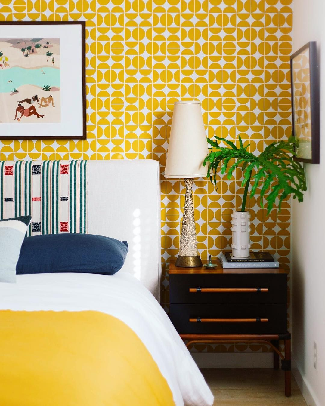 15 Cheerful Yellow Bedrooms Chic Ideas For Yellow