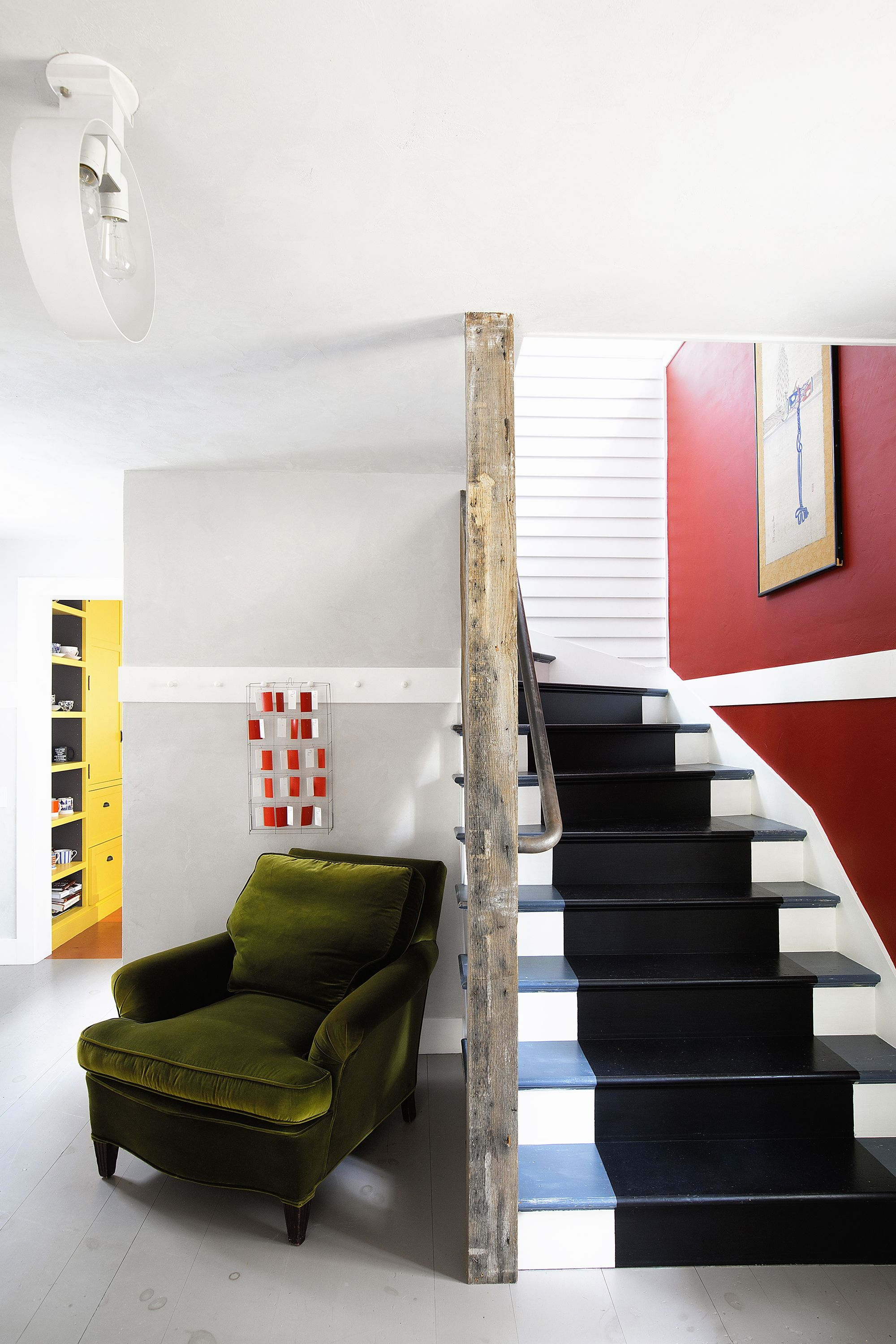 27 Stylish Staircase Decorating Ideas How To Decorate Stairways | Interior Design For Staircase Wall | Side Wall | Cladding | Outside | 2Nd Floor | Under Stair