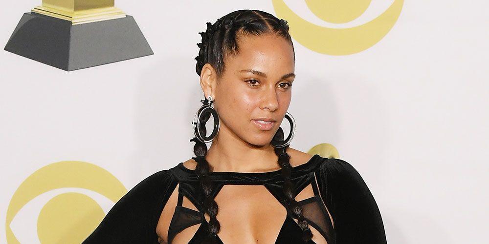 Alicia Keys Went Makeup Free At The 2018 Grammy Awards