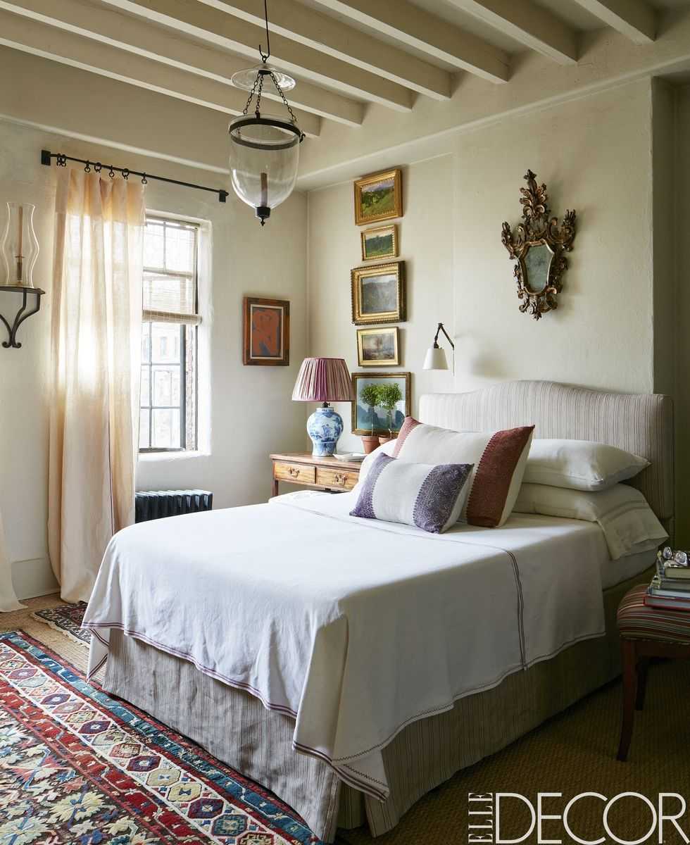 32 Best Bedroom Ideas - How To Decorate a Bedroom on Good Bedroom Ideas For Small Rooms  id=33535