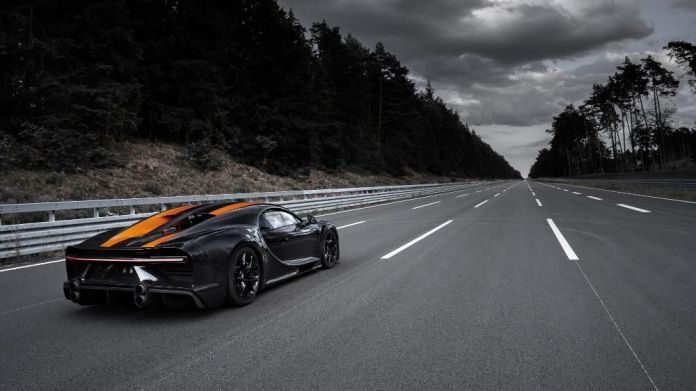 Bugatti Chiron - récord de velocidad