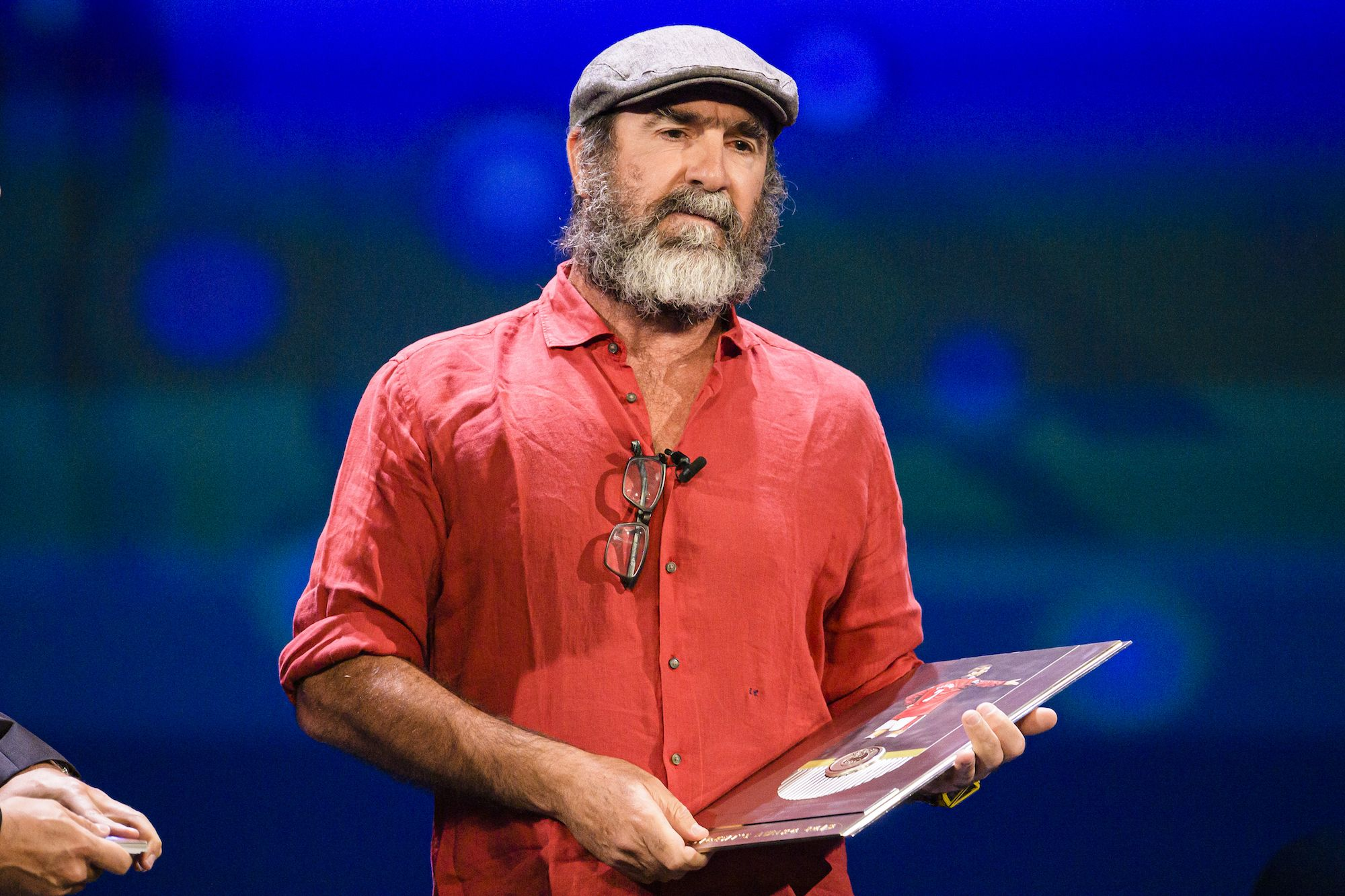 Er wurde zum hsc montpellier ausgeliehen und gewann auch dort den. Eric Cantona S Acceptance Speech At Ballon D Or Ceremony Was Philosophical Meditation