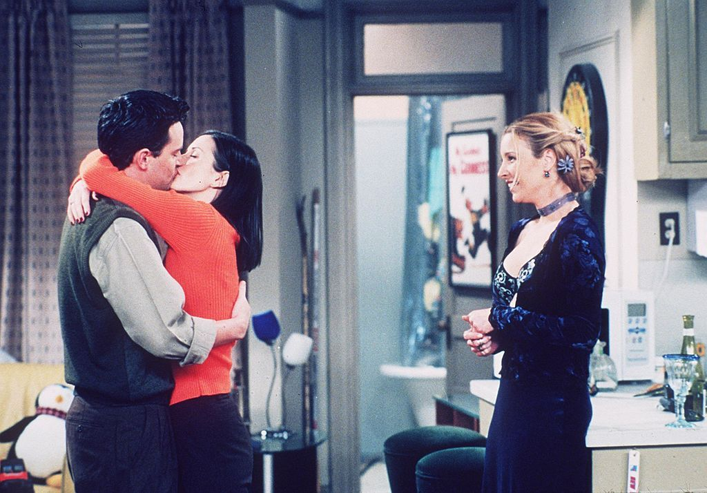 Matthew Perry got engaged to friends