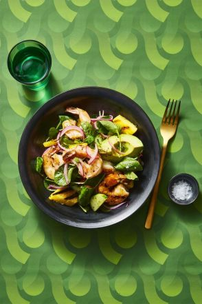charred shrimp avocado salad healthy lunch ideas 1555338054 - Healthy Things to Eat for Lunch -19 Healthy Lunch Ideas for You
