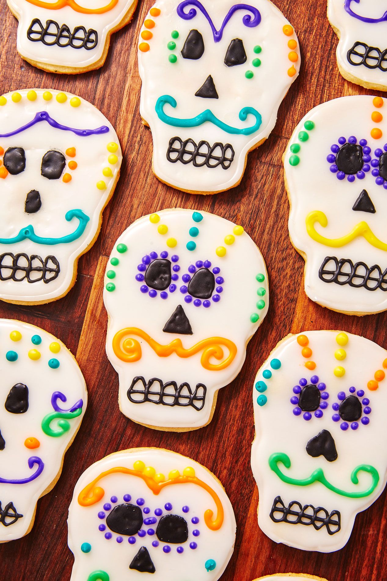 Cookies can be a creepy and colorful … 41 Easy Halloween Cookie Recipes Cute Halloween Cookies