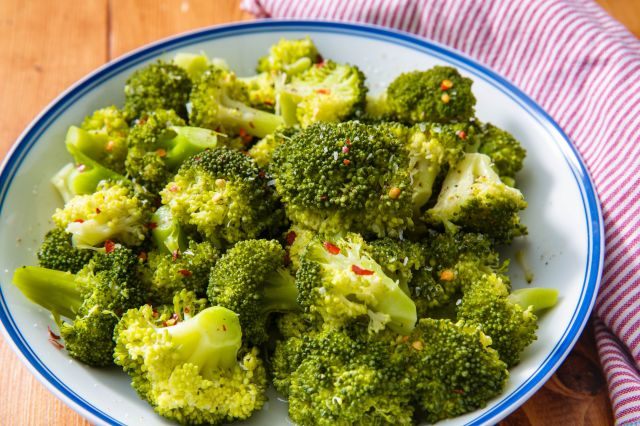 How to Steam Broccoli