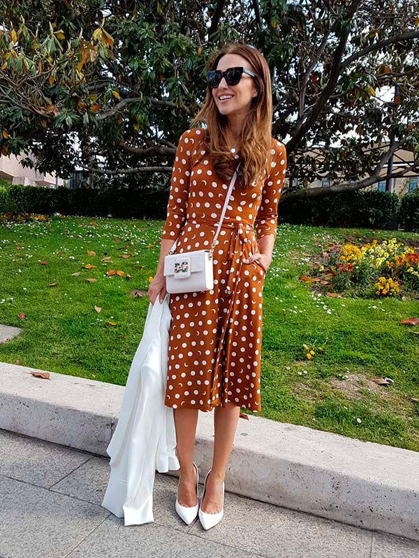 paula echevarría with polka dot dress like pretty woman