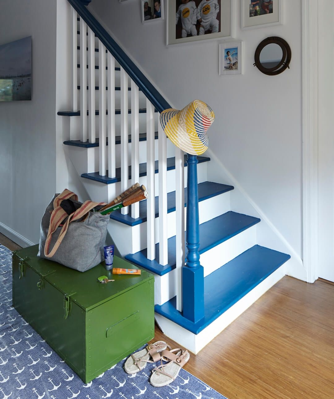 How To Paint Stairs The Right Way To Paint Stairs | Stairs Wall Paint Design | Luxury Staircase Wall | Wallpaper | Wall Colour | Beautiful | Wall Painting