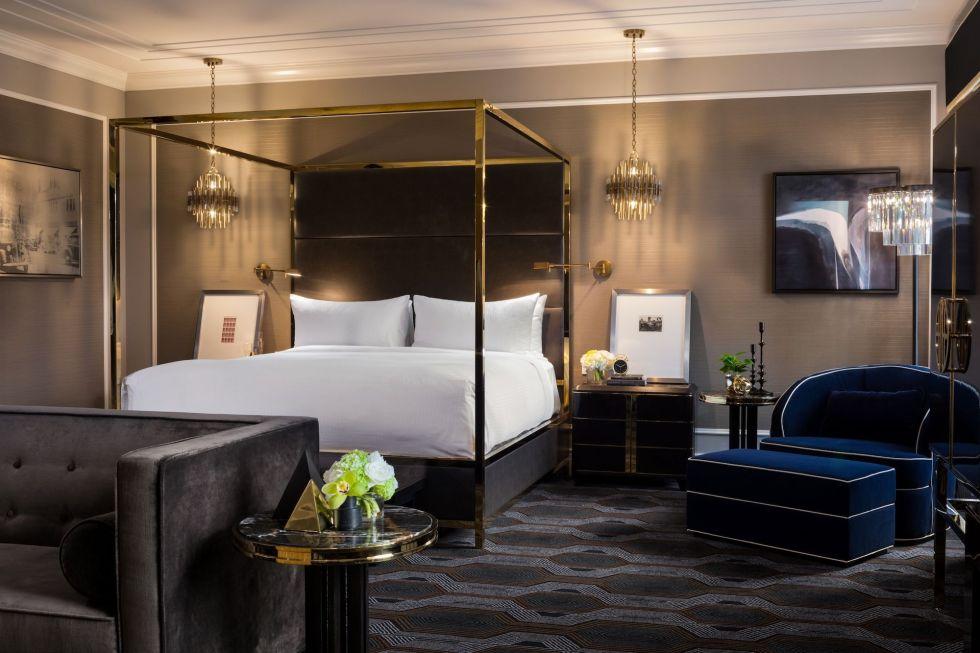 25 Fairmont Hotel Vancouver, Canada