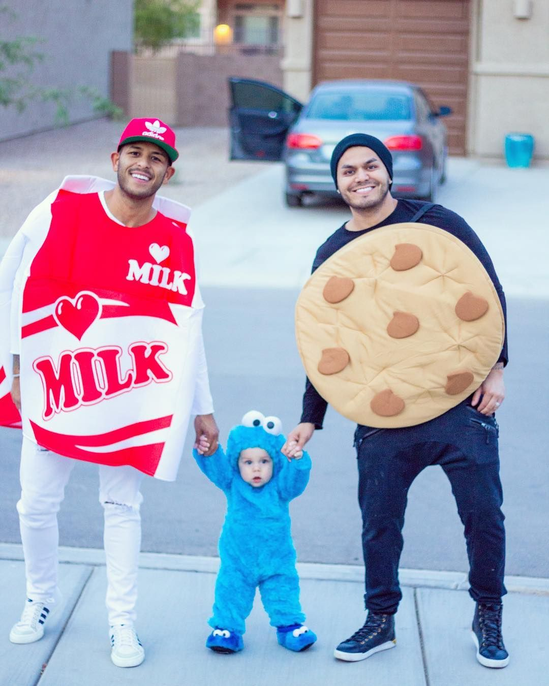 Do you ever feel that halloween creeps up on you or that you're never actually ready when the day arrives? 36 Creative Family Halloween Costumes Family Costumes With Baby