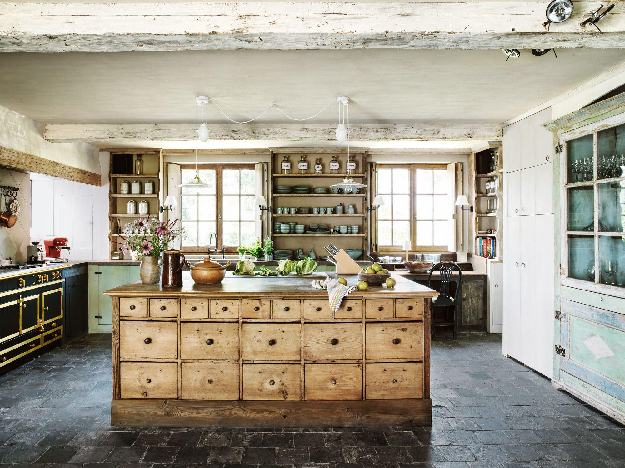 34 Farmhouse Style Kitchens - Rustic Decor Ideas for Kitchens on Farmhouse Rustic Kitchen Ideas  id=71702