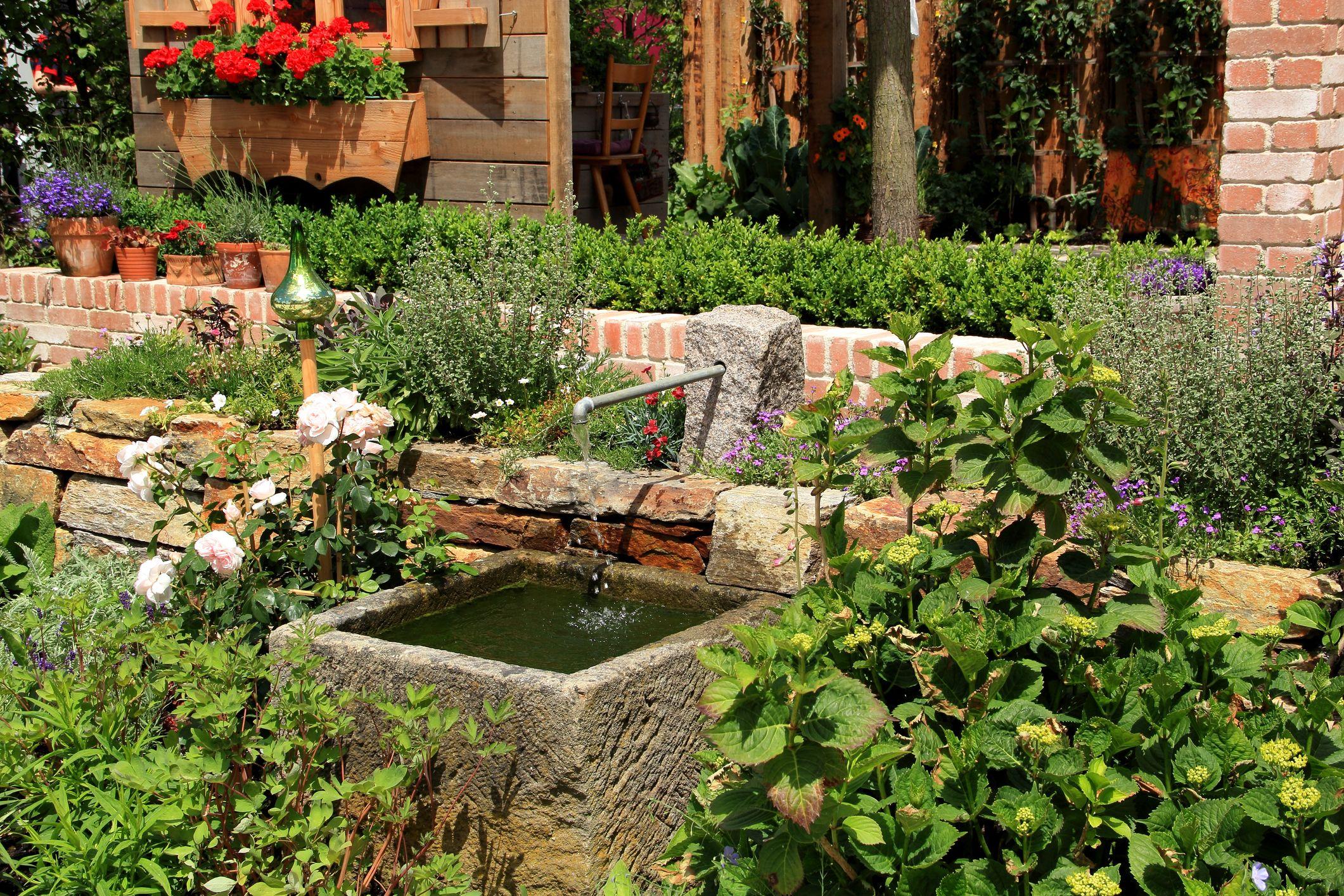 buying garden water features 10 tips