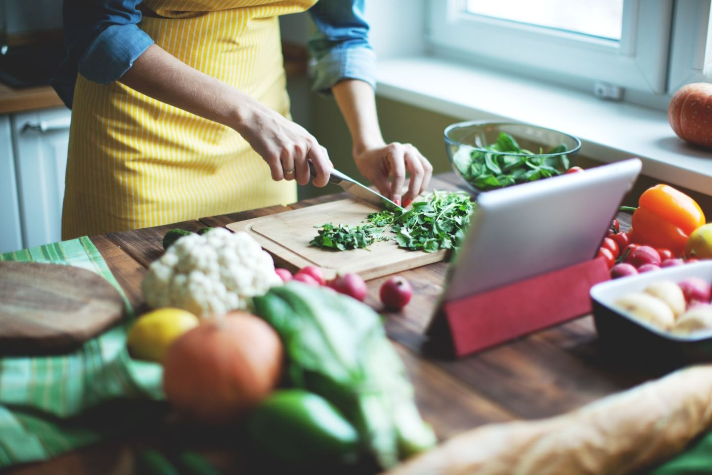 mothers day ideas during quarantine   virtual cooking class