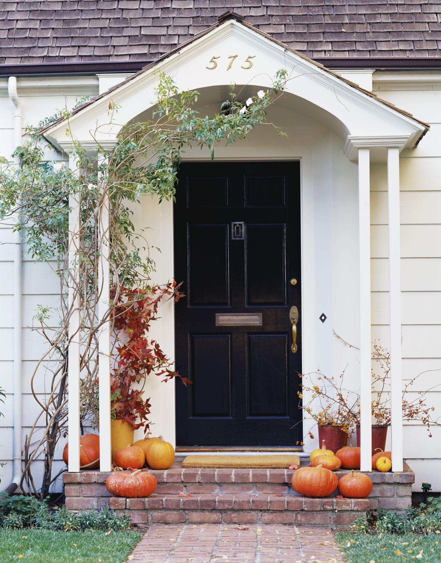 getty images the classic pumpkin lined porch