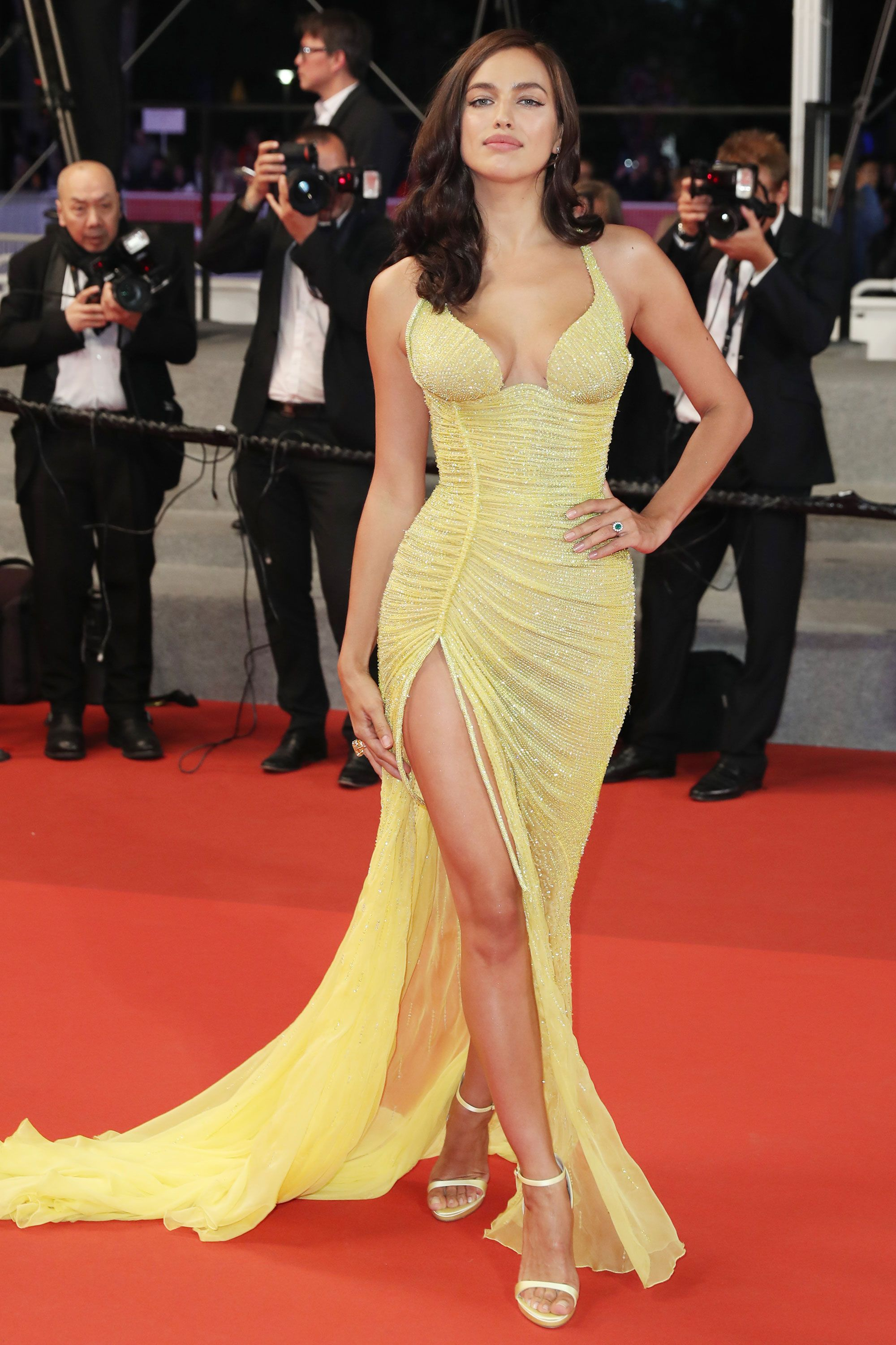 Naked Is In Fashion Nakedest Looks From The 2017 Cannes Film Festival - Information -8008