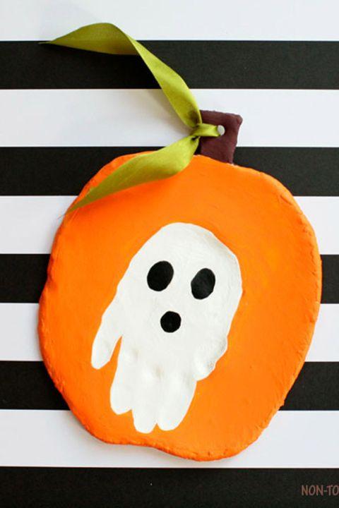 18 easy halloween crafts for toddlers quick preschooler