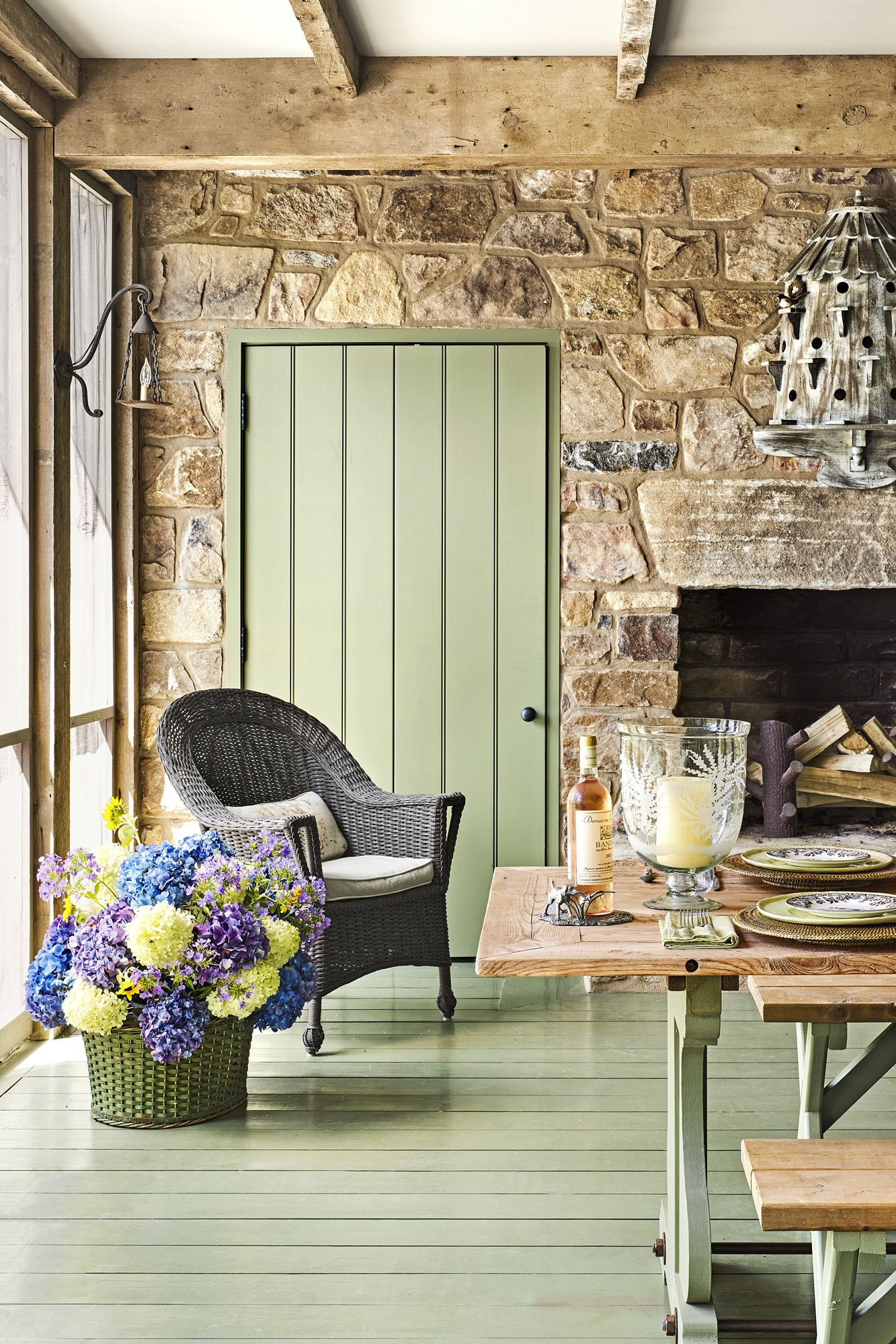 What Are Colors Country Living Room