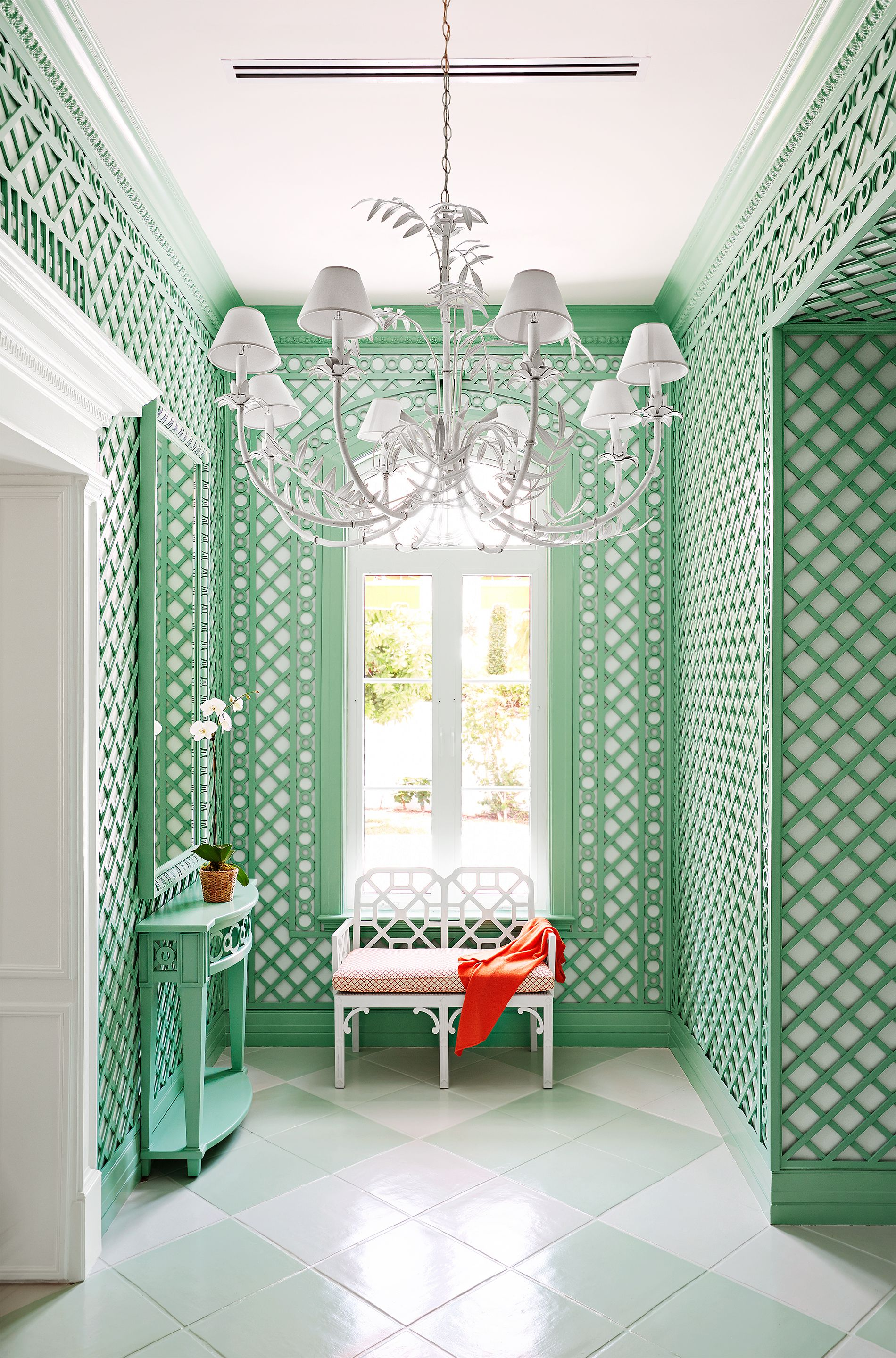 how to decorate with mint green 25