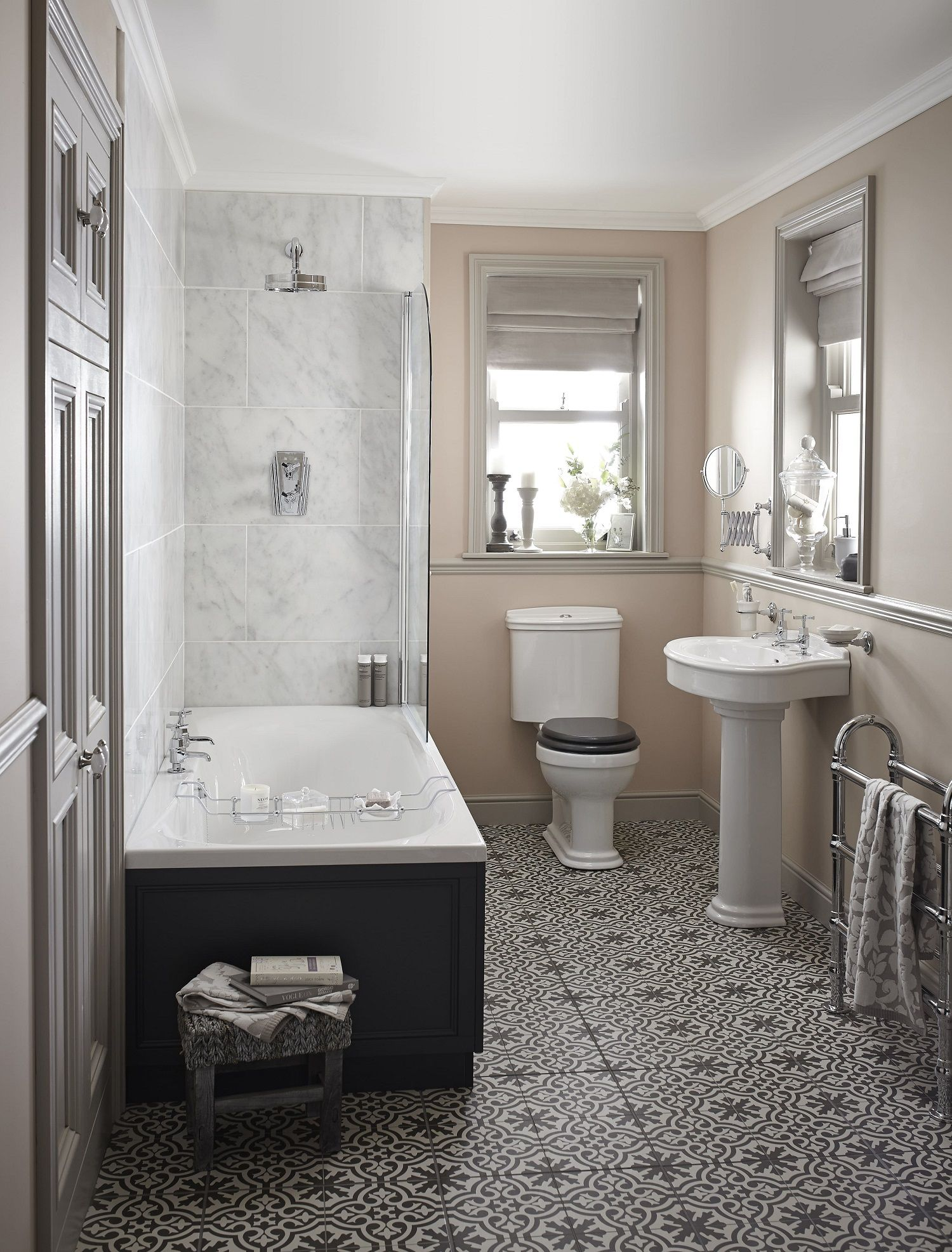 16 Country Bathroom Ideas To Inspire Your Decorating Choices on Rural Bathroom  id=85318