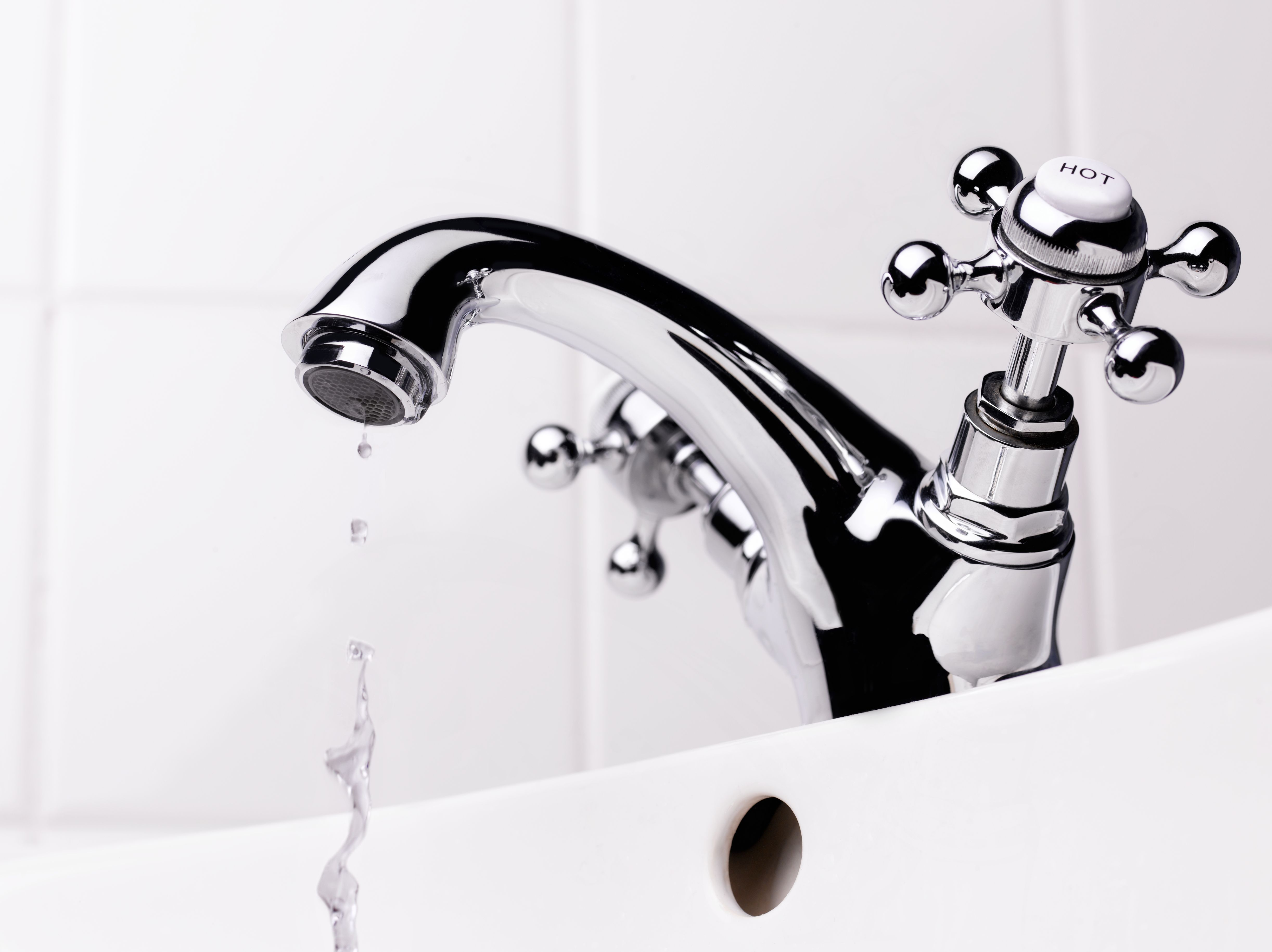 how to fix a clogged sink and leaky faucet
