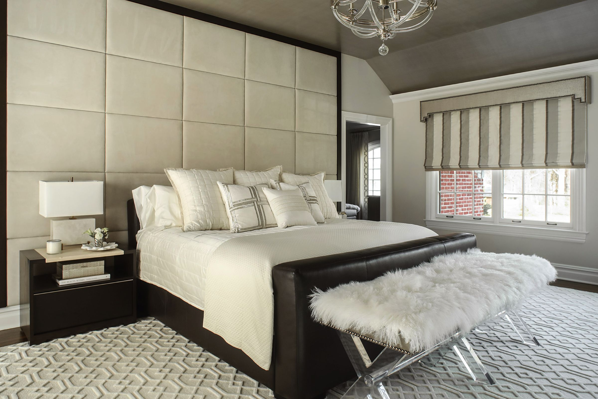 36 black white bedrooms photos and