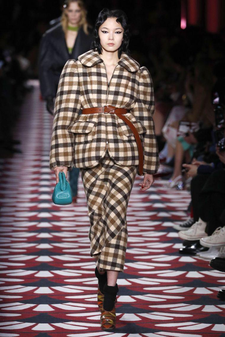 miu miu  runway   paris fashion week womenswear fallwinter 20202021