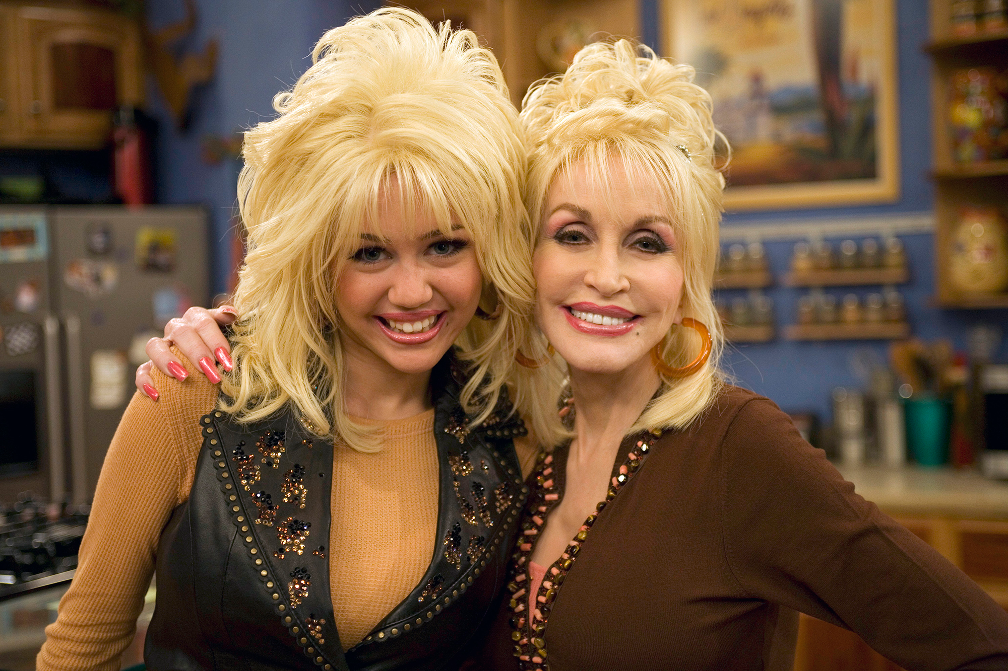 Miley Cyrus And Her Godmother Dolly Partons 8 Cutest Moments