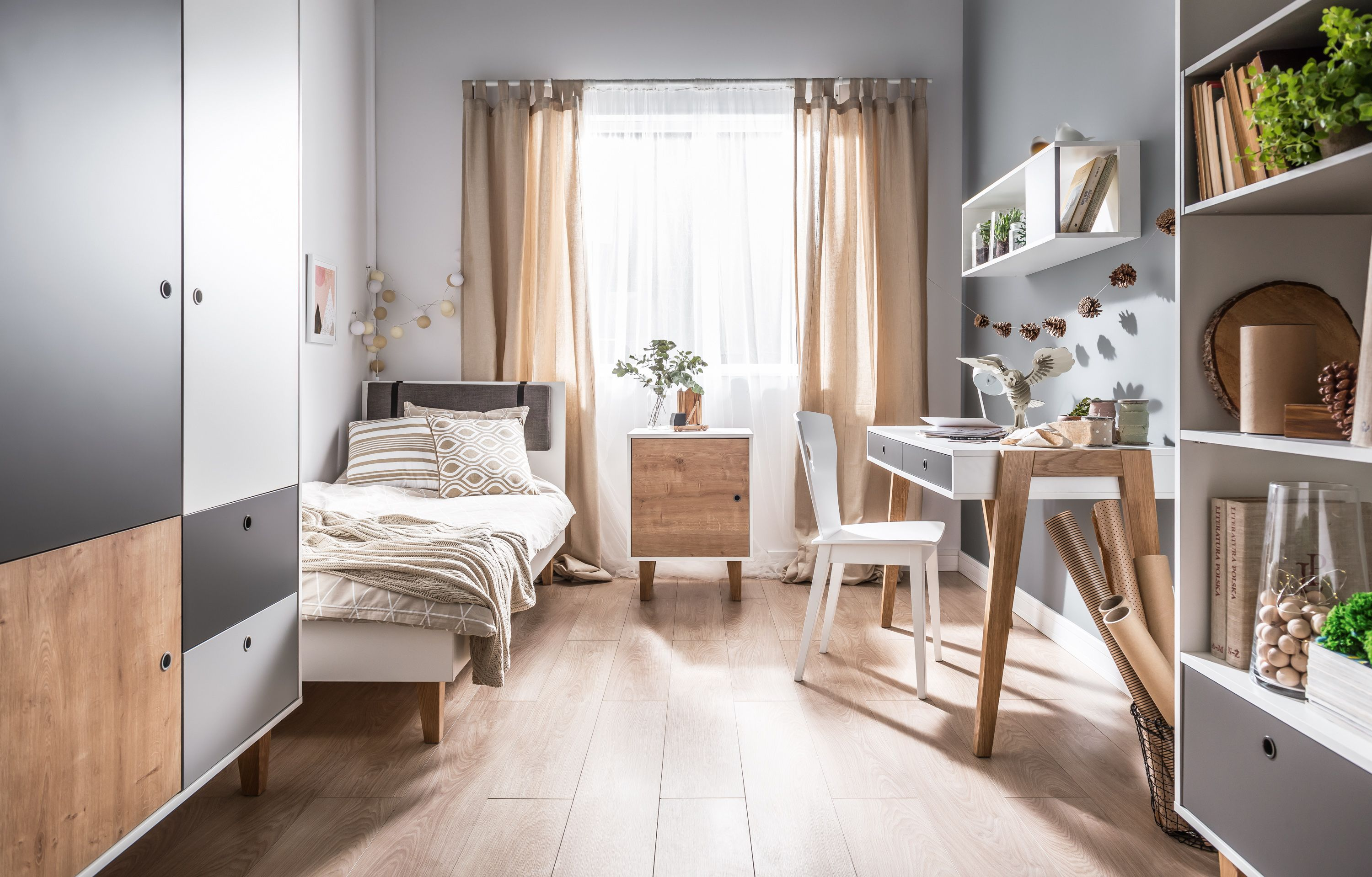 18 Small Bedroom Ideas To Fall In Love With - Small ... on Small Room Decoration  id=31981