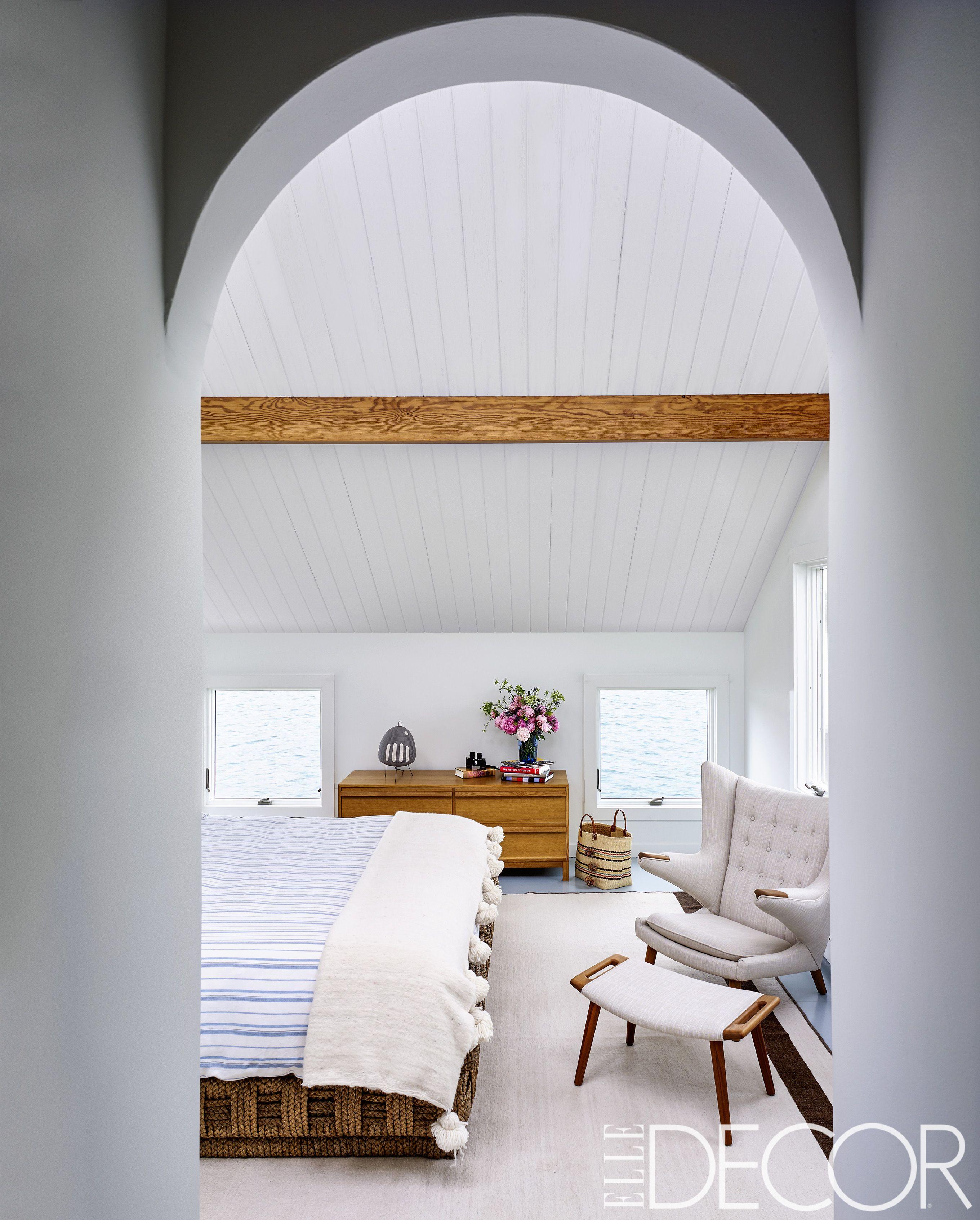 25 Minimalist Bedroom Decor Ideas - Modern Designs for ... on Minimalist Bedroom Design Ideas  id=62436