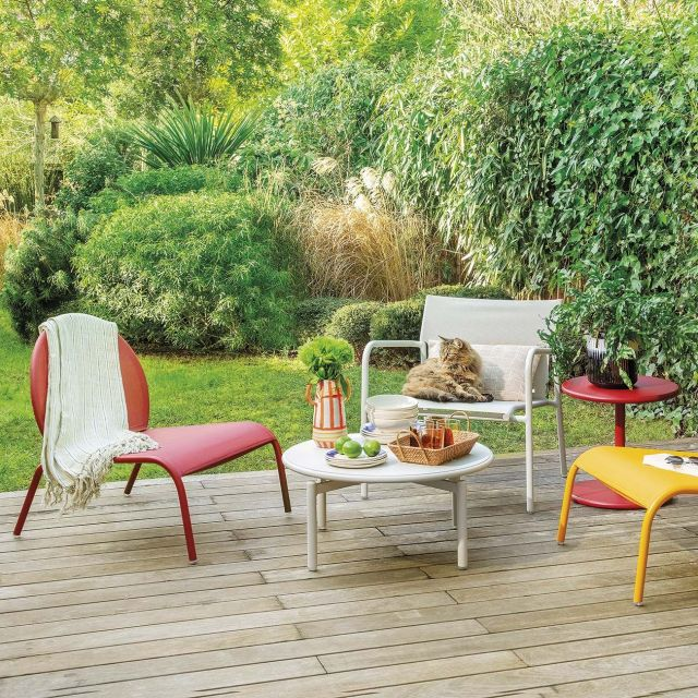 muebles de jardín sillones metálicos de colores