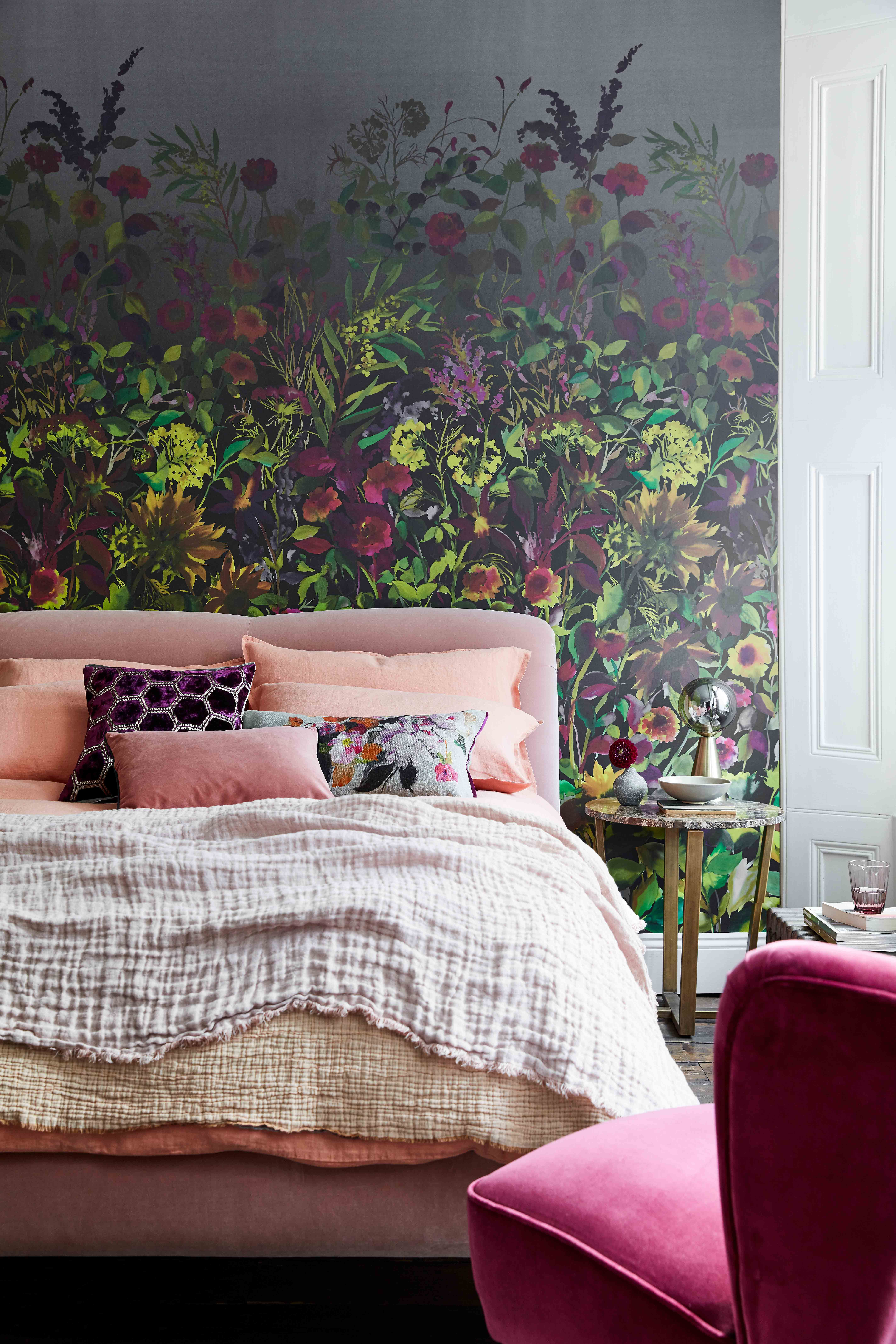 10 ways to dress a bed like a designer