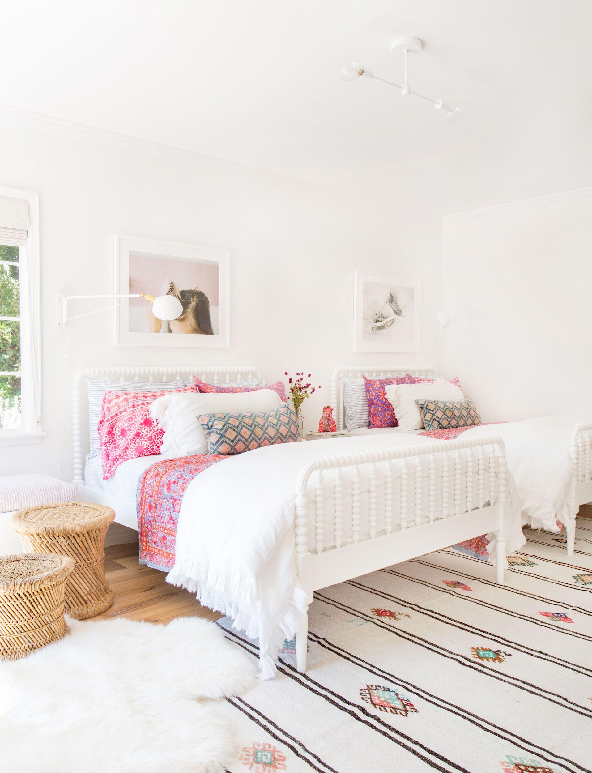 10 Best Teen Bedroom Ideas - Cool Teenage Room Decor for ... on Teenage Room Decoration  id=98975
