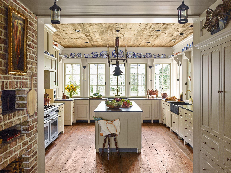 This Charming Farmhouse Is Hiding a Surprising Secret in ... on Farmhouse:4Leikoxevec= Rustic Kitchen Ideas  id=25171
