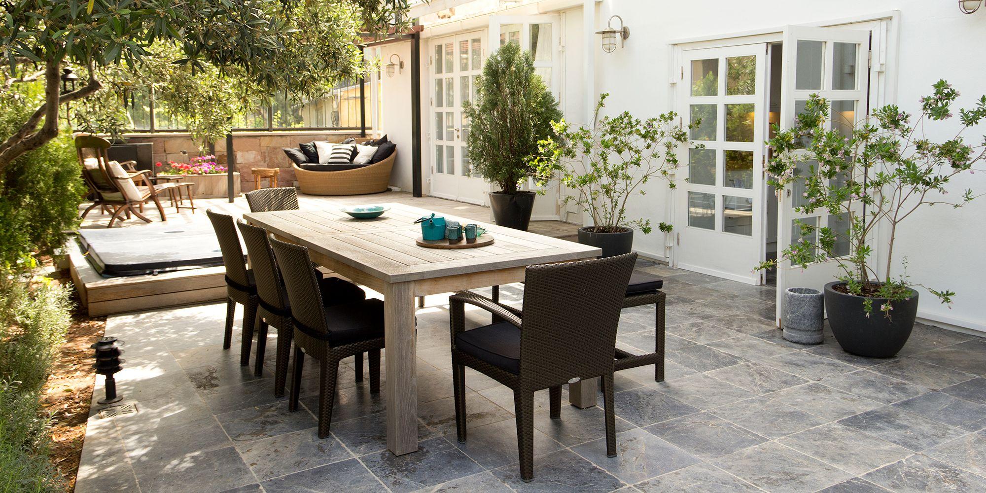 furniture patio furniture set up