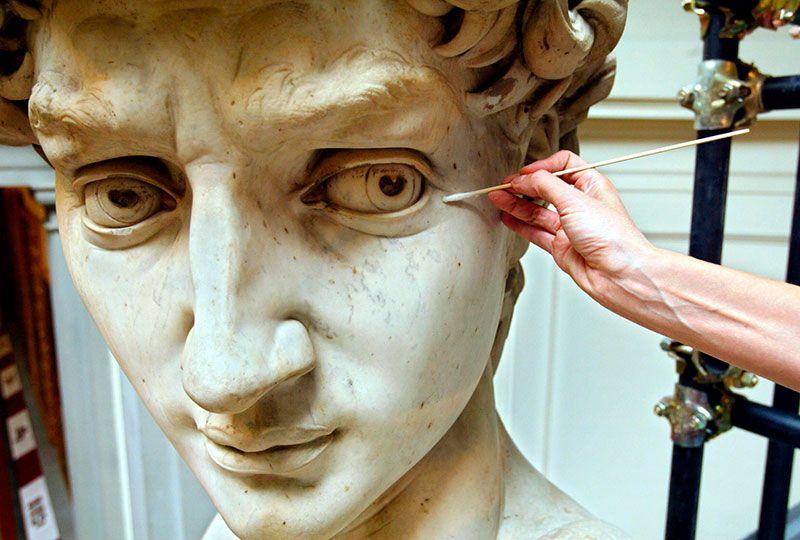 Restauración escultura
