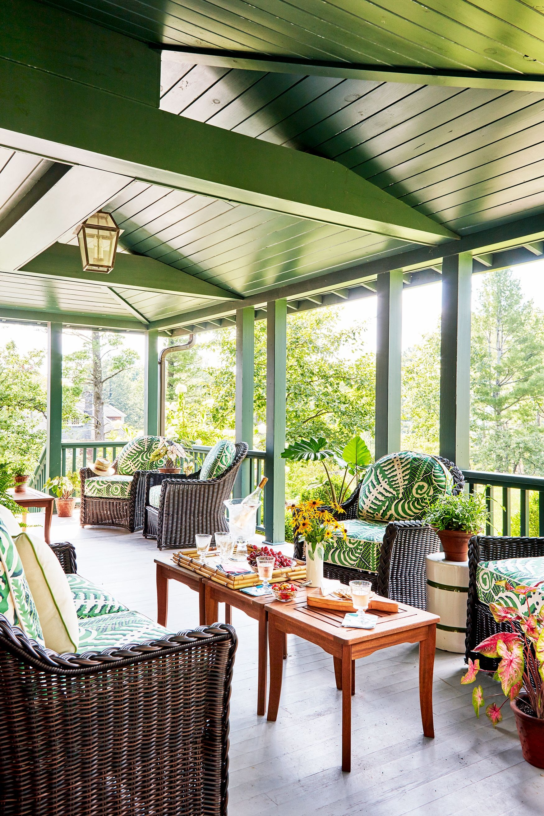 36 Charming Front Porch Ideas Porch Design And Decorating Tips | House Front Step Design | Aspen Designer Home | Simple | Mansion | Curved | Entrance Home