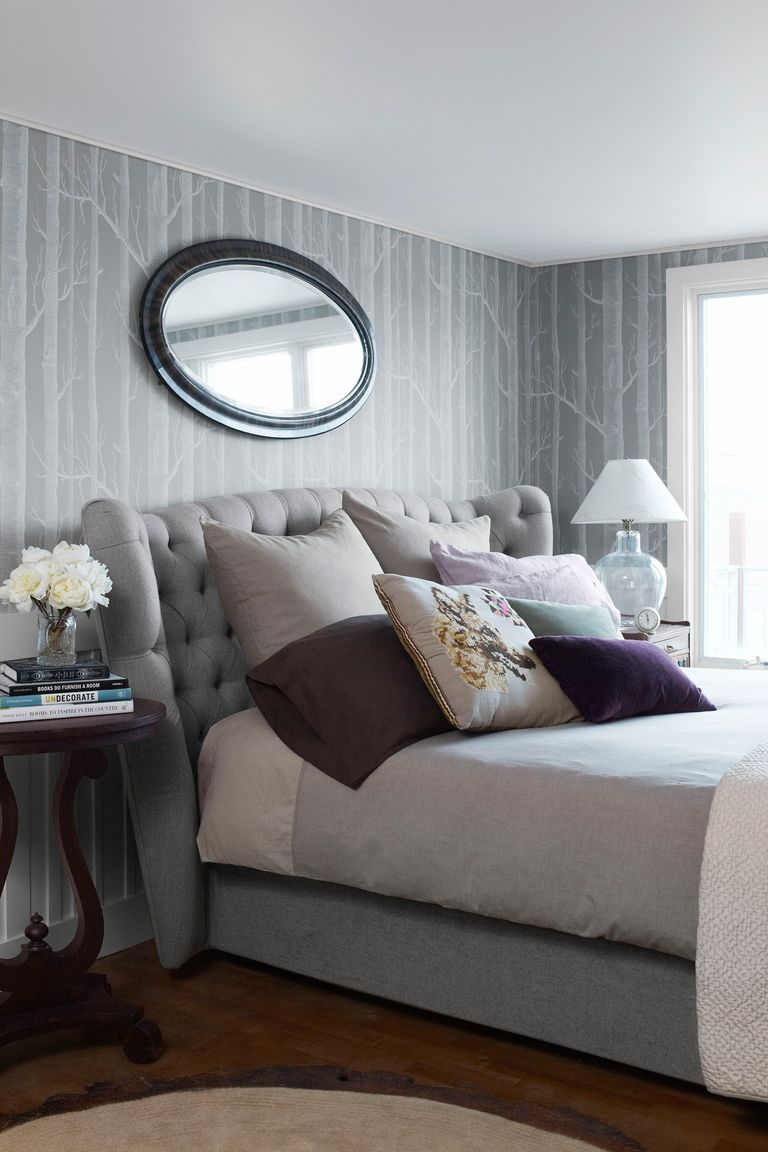 10 Best Purple Bedrooms - Ideas for Purple Bedroom Decor on Bed Ideas For Small Rooms  id=45434
