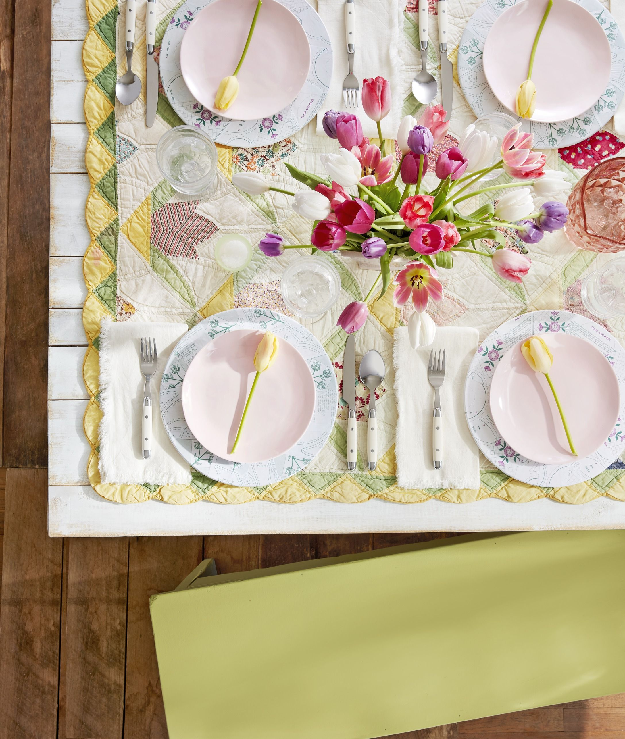 57 Spring Centerpieces And Table Decorations Ideas For