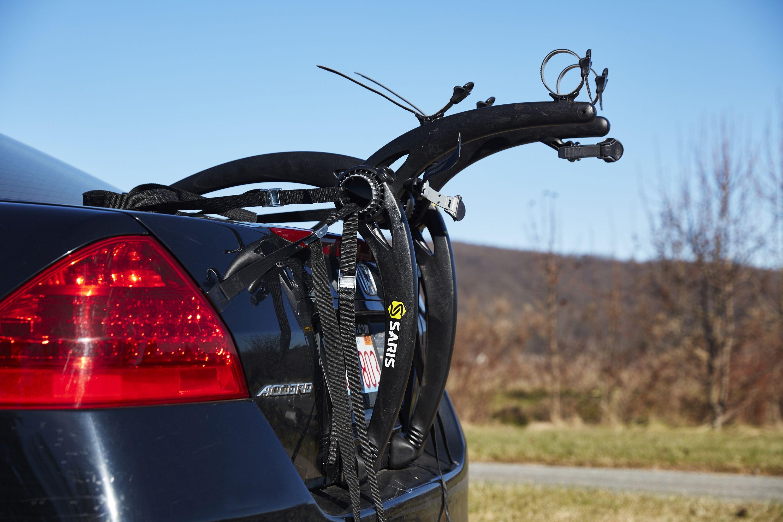 the saris bones 2 bike is a stable lightweight trunk rack