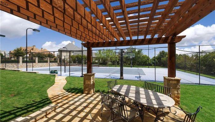 Selena Gomez Fort Worth, Texas Mansion Tennis Court