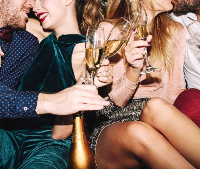 14 Tips From Sex Party Regulars In Their 20s