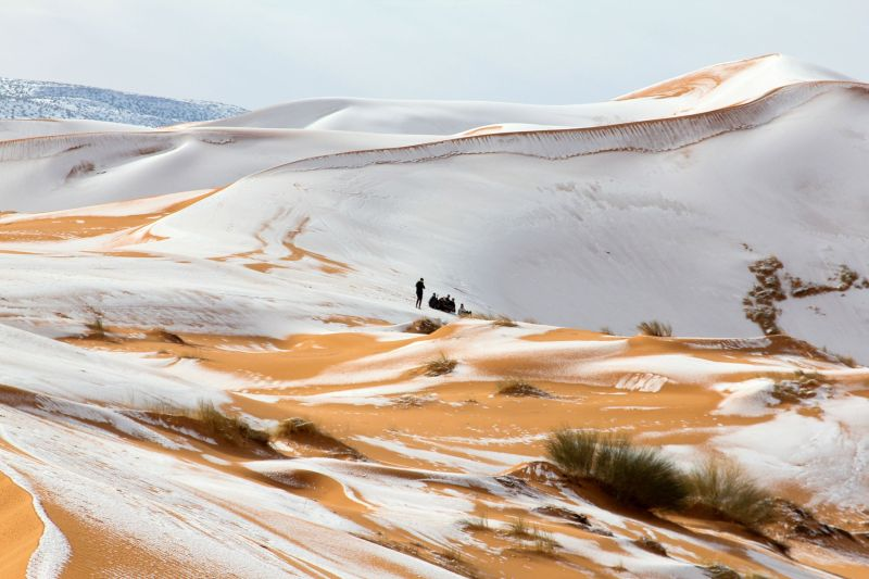 These Photos of Snow in the Sahara Look Like Something Out of Star Wars 1