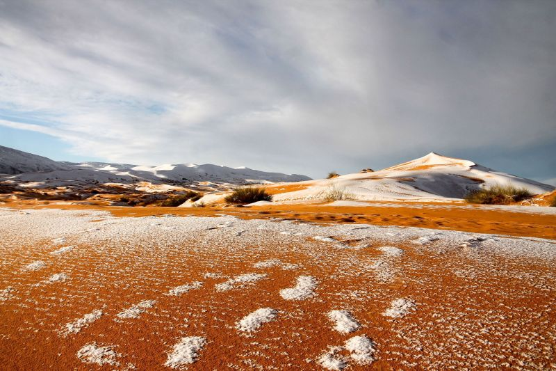 These Photos of Snow in the Sahara Look Like Something Out of Star Wars 2