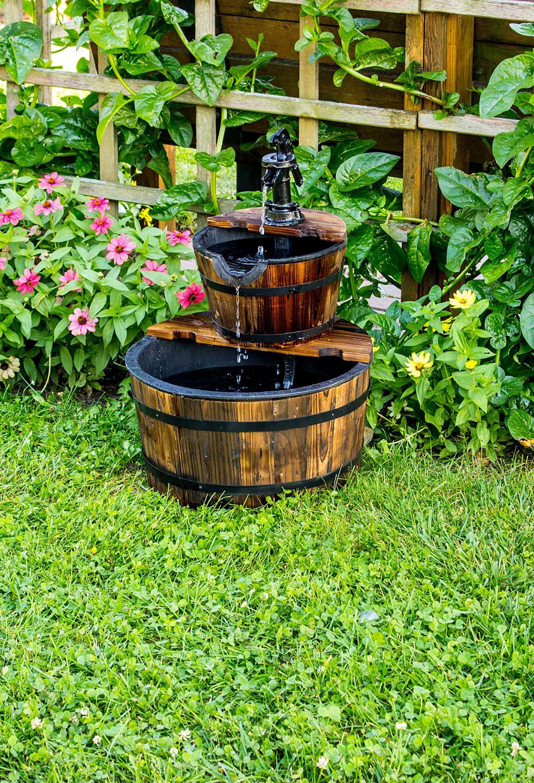 25 Small Backyard Ideas - Beautiful Landscaping Designs ... on Tiny Back Garden Ideas id=75928