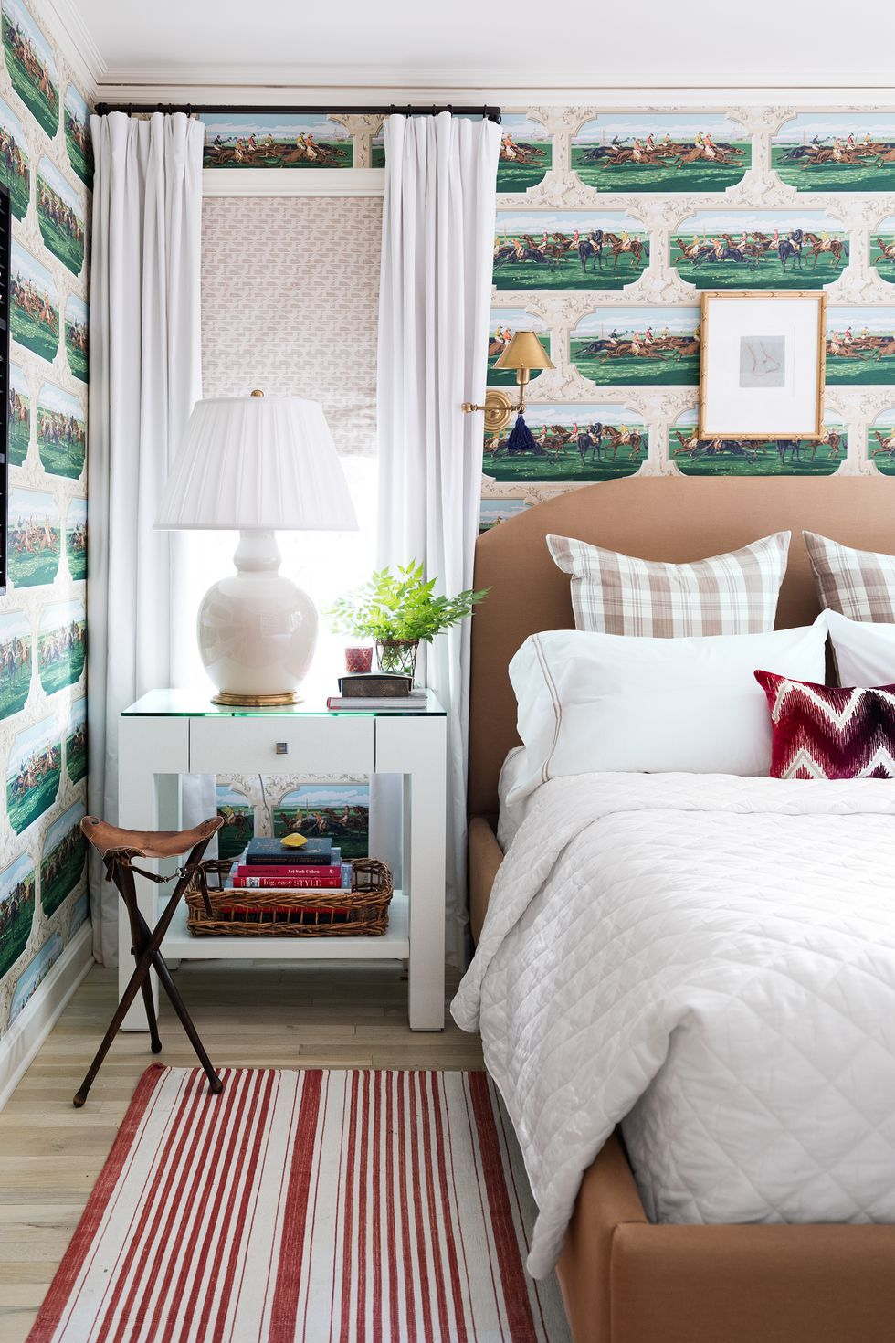 30 Small Bedroom Design Ideas - How to Decorate a Small ... on Bedroom Ideas For Small Spaces  id=65735