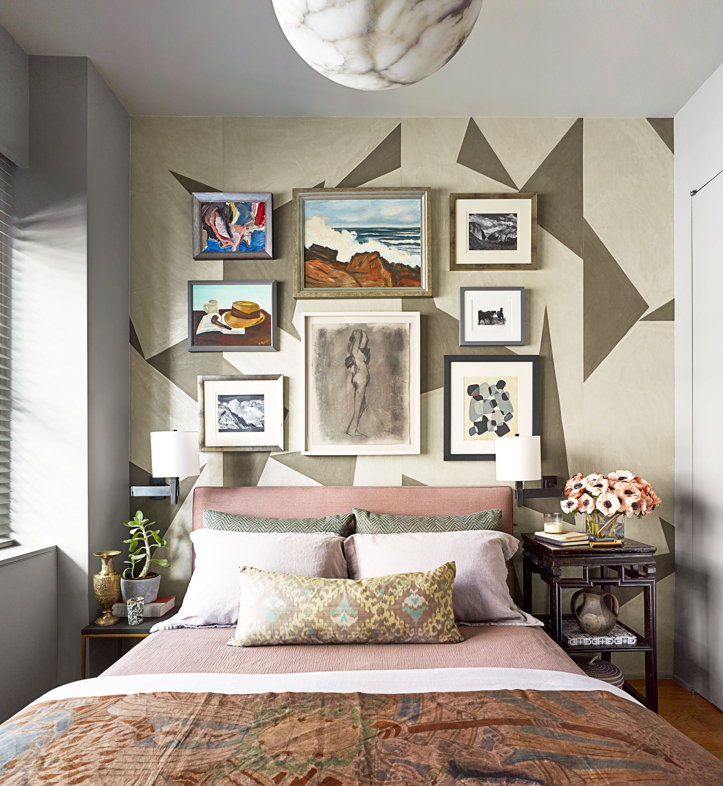 25 Small Bedroom Design Ideas - How to Decorate a Small ... on Small Room Decoration  id=65159