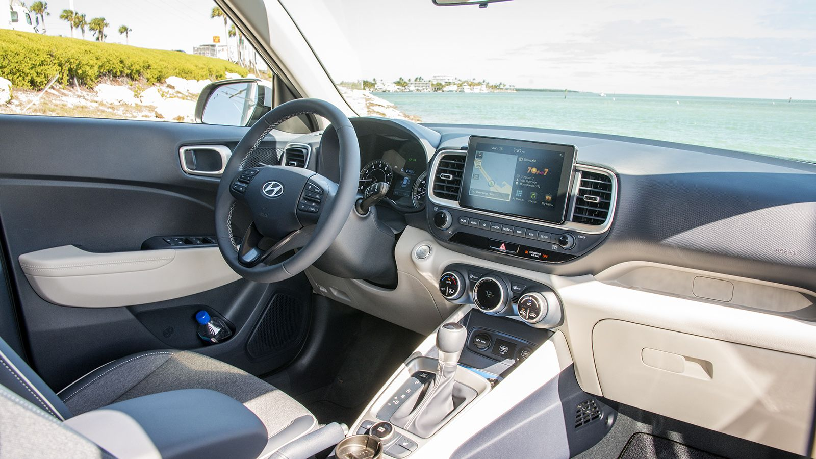 Our car experts choose every product we feature. Gallery: 2020 Hyundai Venue Interior